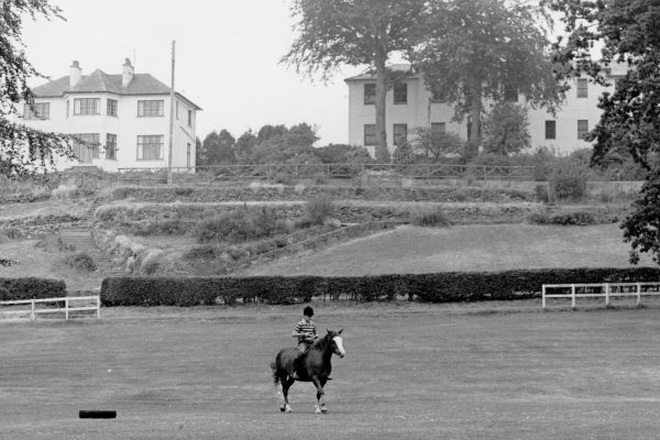 Photo Man on horse Rossie 1970s-3