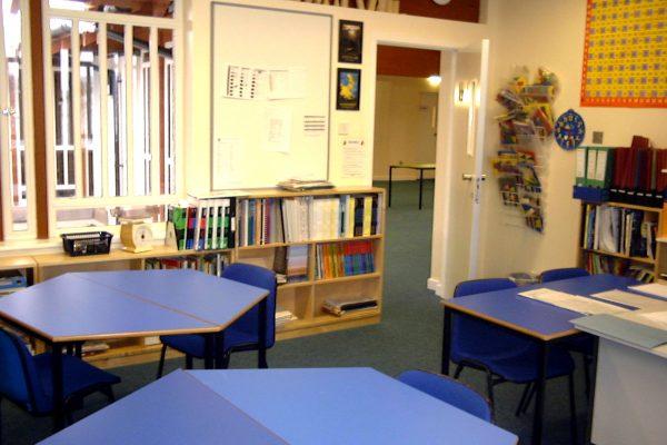 Rossie classroom 1990s-14